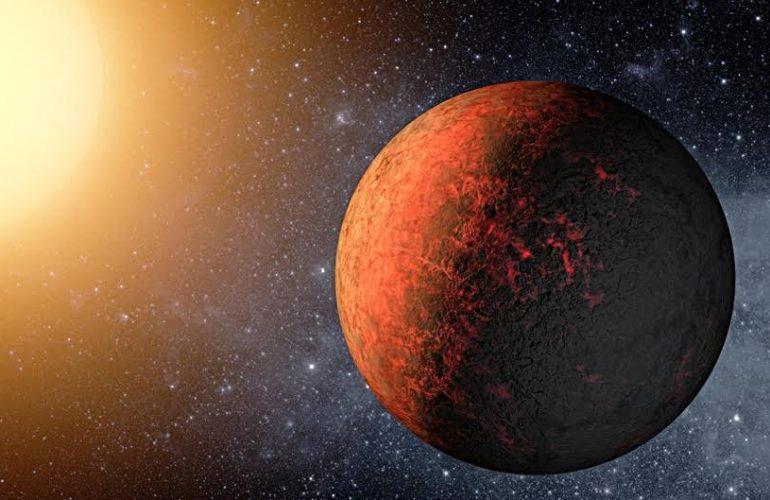 K2-229b: Una super-Terra con un super nucleo