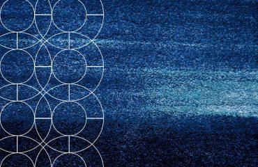 iQuanti Per abitudine percettiva, il mondo ci appare solido, denso, compatto. Crediamo di vivere in una realtà fatta di materia definita, invariabile, continua. Ma, come ci indica la teoria quantistica, ossia la più straordinaria rivoluzione scientifica dell'ultimo secolo, si tratta solo di un'illusione. Il mondo è granulare, discreto, assolutamente meno solido e più contingente di come lo pensiamo per abitudine.