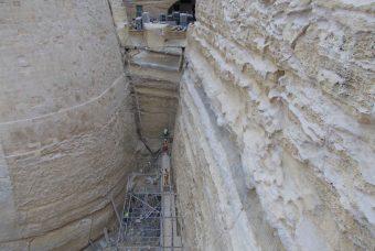 Risanare i muri umidi: i vantaggi offerti dalla calce idraulica naturale